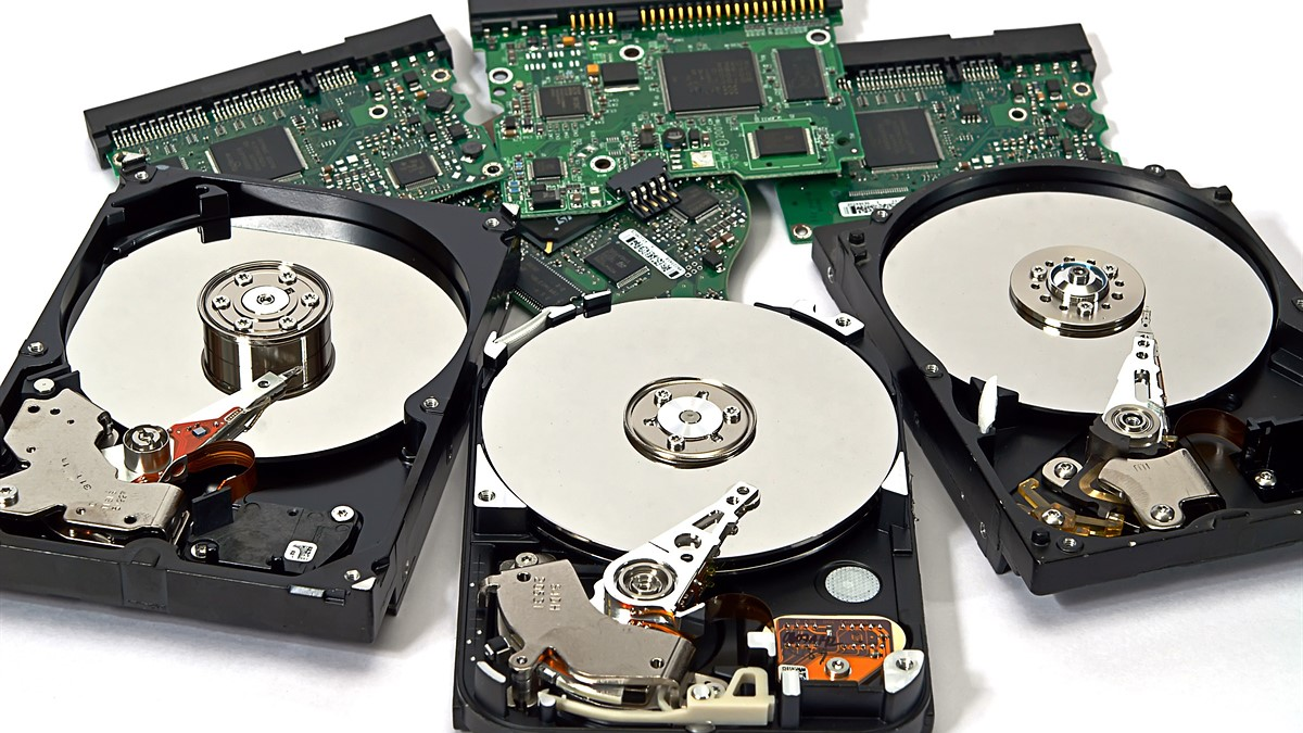 Hard Drives and why SSDs